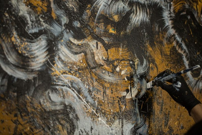 Traditional-Chinese-performance-art-Splattered-Ink-tiger-painting (9)