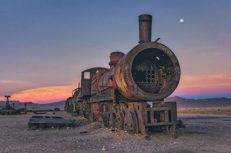 abandoned-bolivia-old-train-graveyard (7)