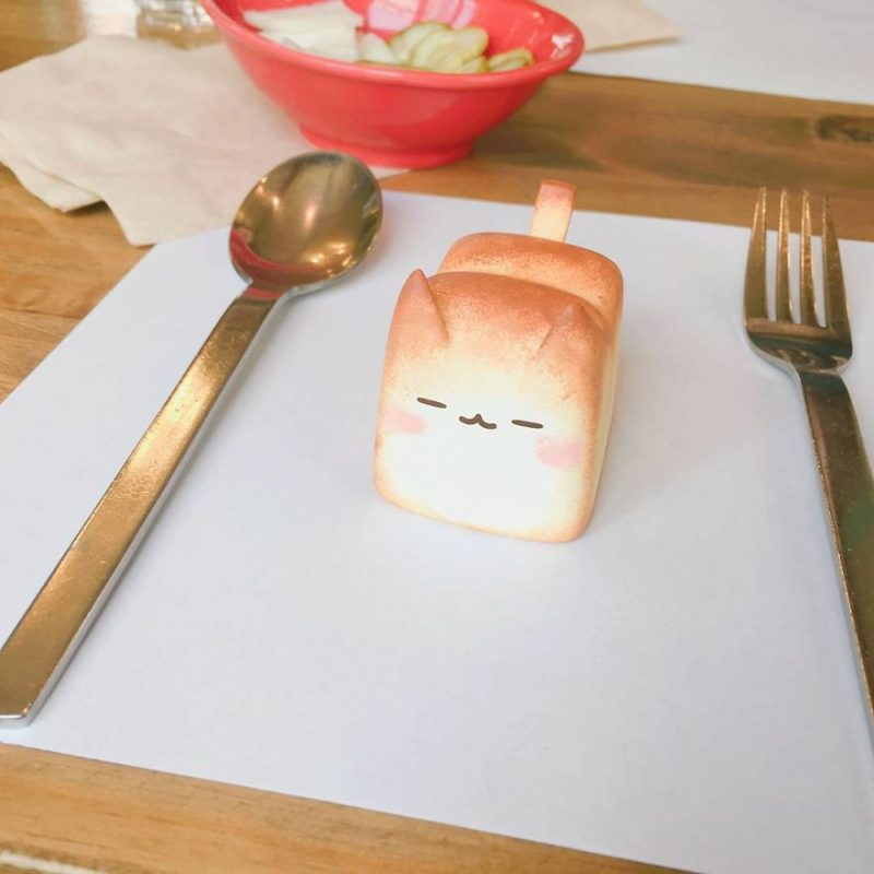 adorable-The-Breadcat-kitty-toy (1)