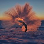 Stunning ice crystals pictures of tossing hot water at -40°C