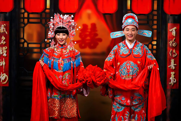 beautiful-china-traditional-wedding-outfits