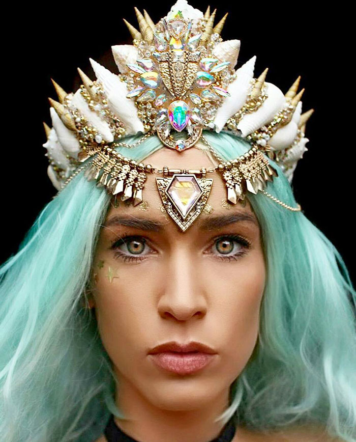 beautiful-handmade-mermaid-seashell-crowns (11)