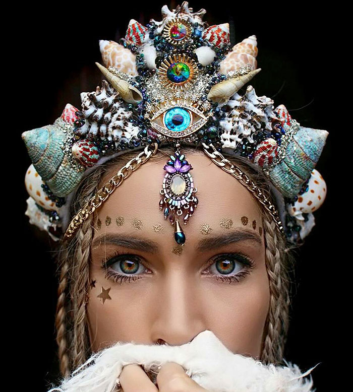 beautiful-handmade-mermaid-seashell-crowns (8)