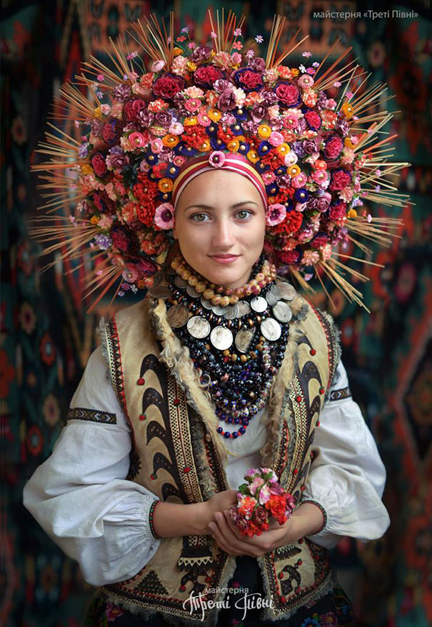 beautiful-traditional-ukrainian-flower-crowns (11)