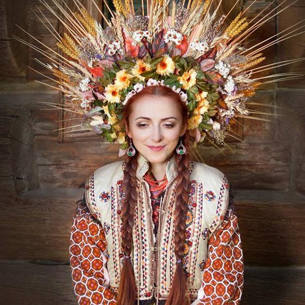 beautiful-traditional-ukrainian-flower-crowns (2)