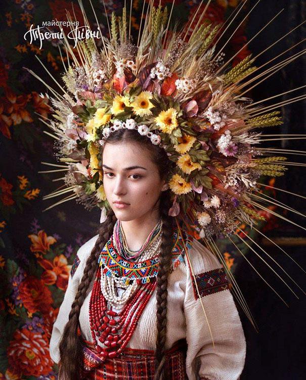 beautiful-traditional-ukrainian-flower-crowns (7)
