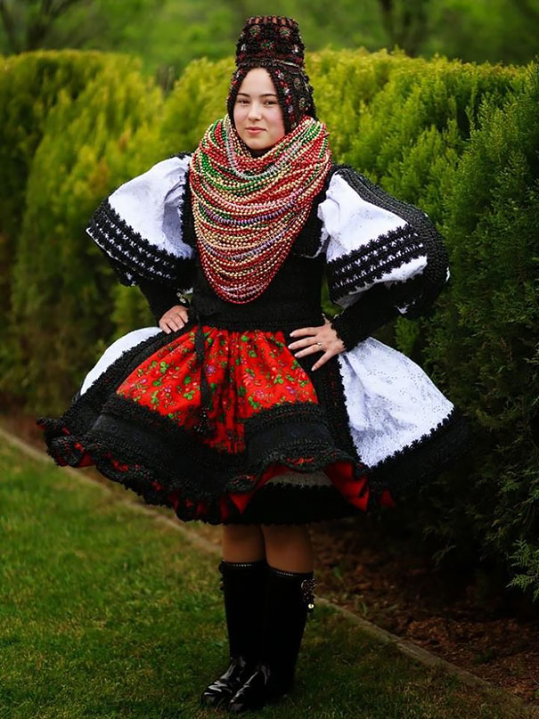 beautiful-traditional-wedding-dresses-countries-around-the-world (4)