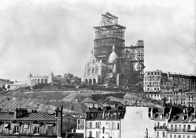 colorized-historic-old-black-and-white-photos-landmarks-under-construction (5)
