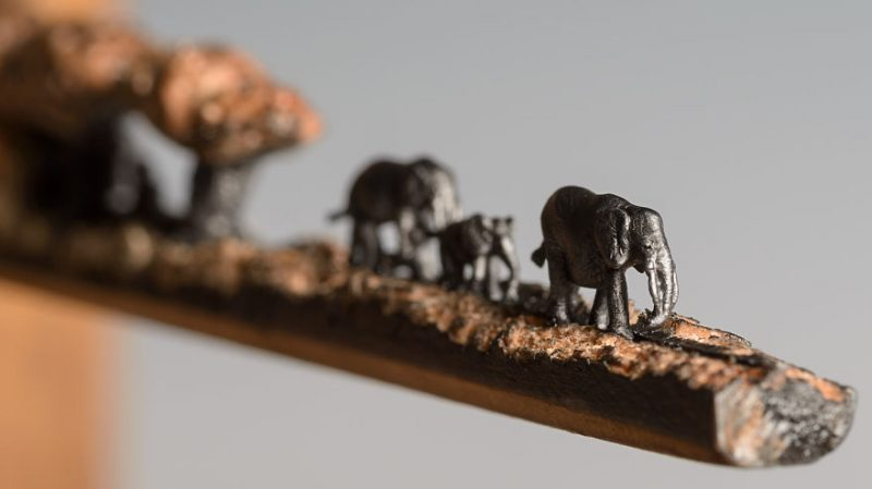 elephant-pencil-miniatures-sculptures-carving-art (2)