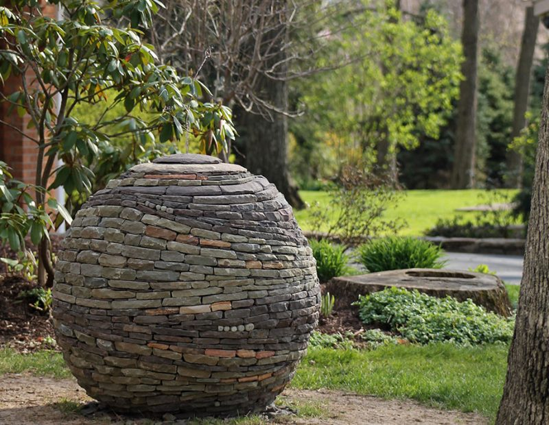 incredible-stacked-stone-garden-spheres-sculpture-art (1)