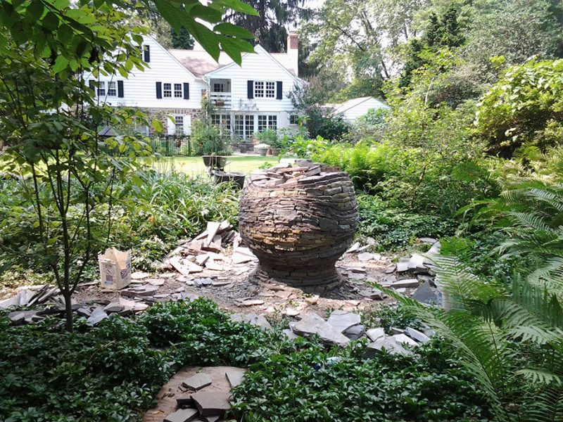 incredible-stacked-stone-garden-spheres-sculpture-art (4)