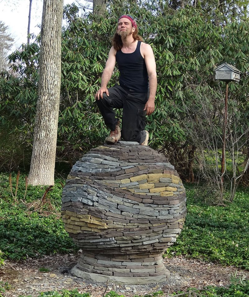incredible-stacked-stone-garden-spheres-sculpture-art (7)