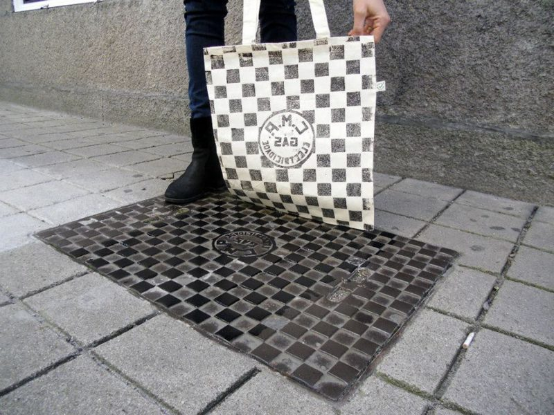 pirate-printers-manhole-cover-vents-grates-tshirt-paint-designs (6)