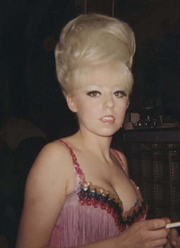 strange-weird-odd-vintage-1960s-hairstyles-big-hair (10)