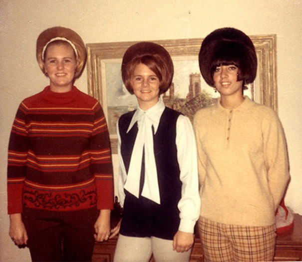 strange-weird-odd-vintage-1960s-hairstyles-big-hair (13)