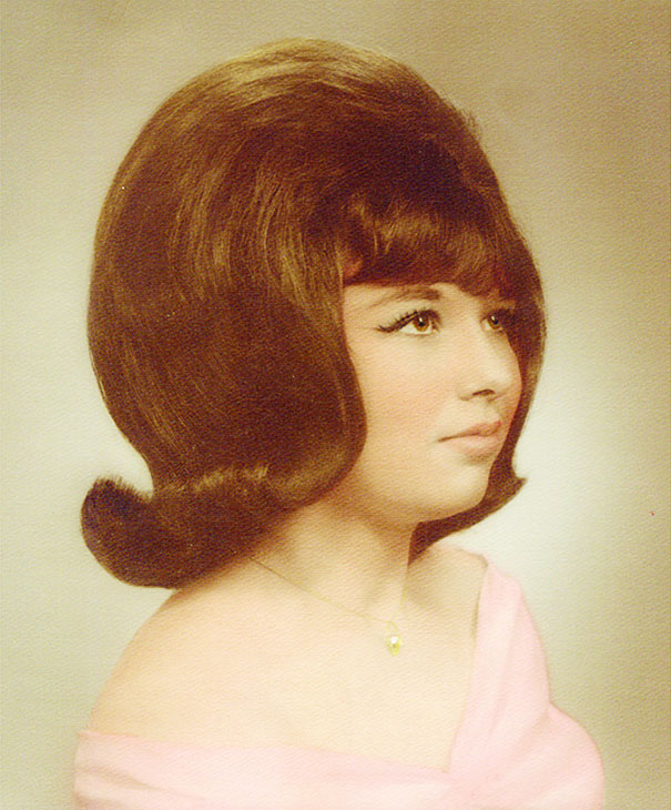 strange-weird-odd-vintage-1960s-hairstyles-big-hair (14)