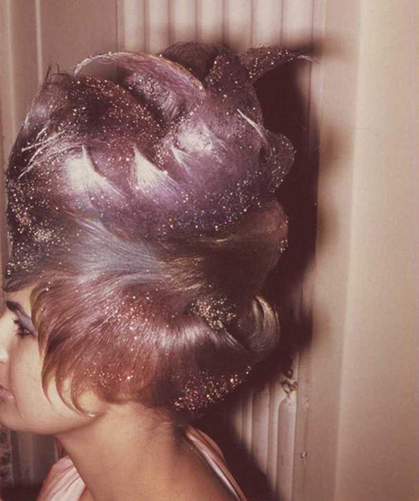 strange-weird-odd-vintage-1960s-hairstyles-big-hair (15)
