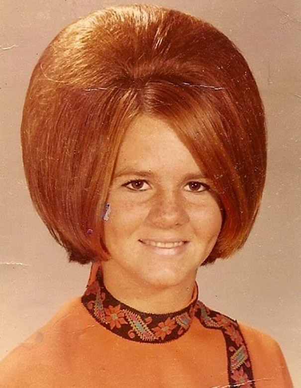 strange-weird-odd-vintage-1960s-hairstyles-big-hair (3)