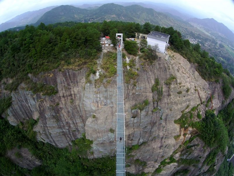 worlds-longest-glass-walkway-bridge-china (2)