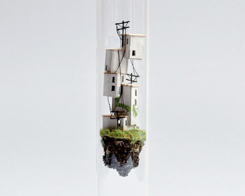 miniature-world-city-inside-test-tube-micro-matter-sculptures (9)