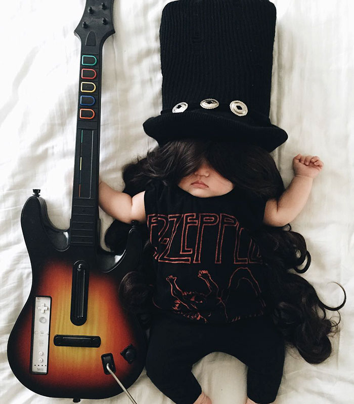 adorable-sleeping-baby-cosplay-photographs-11