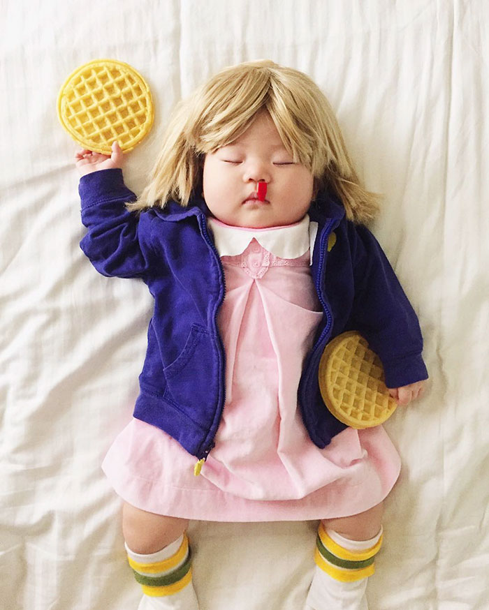 adorable-sleeping-baby-cosplay-photographs-13