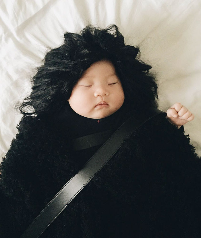 adorable-sleeping-baby-cosplay-photographs-7