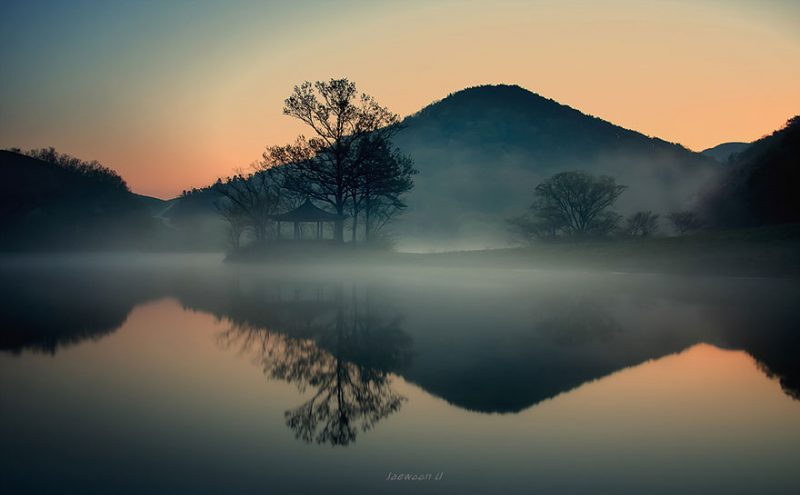 beautiful-photos-reflection-landscape-photography-south-korea (4)
