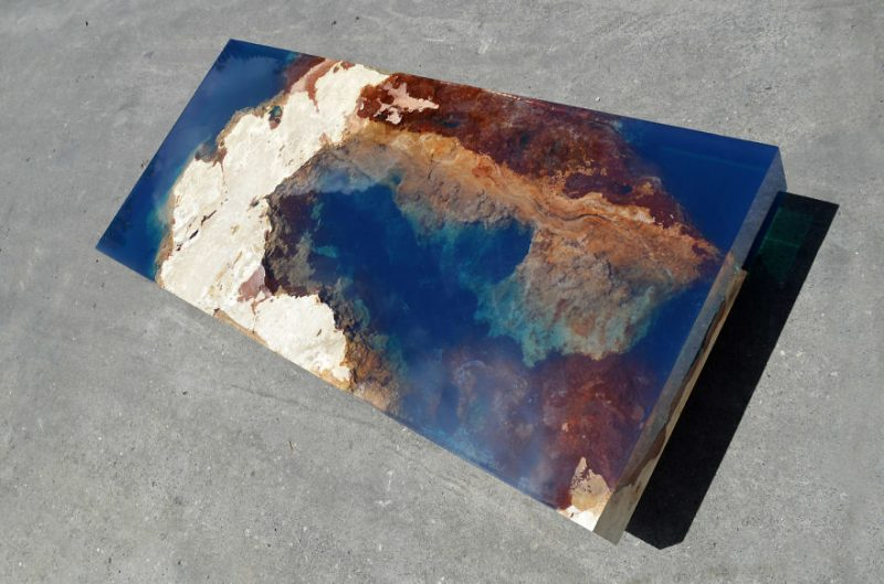 beautiful-resin-stone-table-design-7