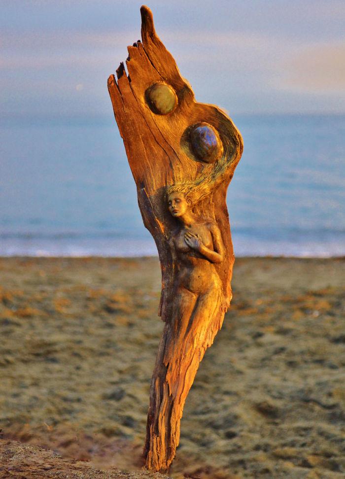 driftwood-sculptures-4