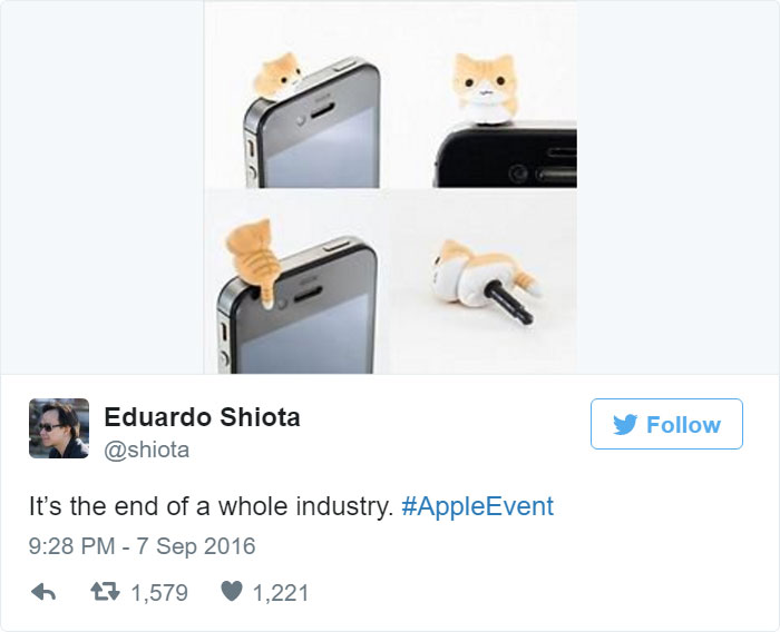 funny-reactions-apple-iphone7-design-10
