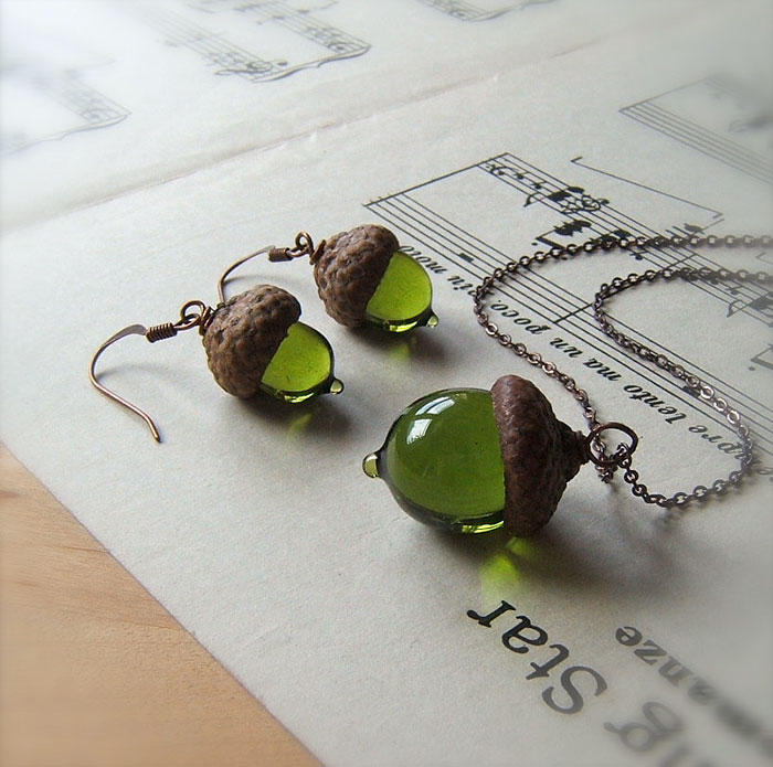handmade-glass-acorn-jewelry-necklaces-earrings-4