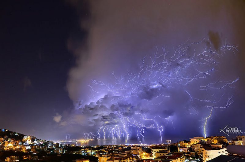 stunning-beautiful-lightning-picture-beirut-lebanon