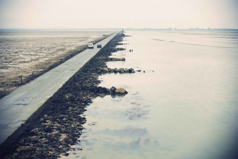 tide-submerge-road-passage-du-gois-france-7