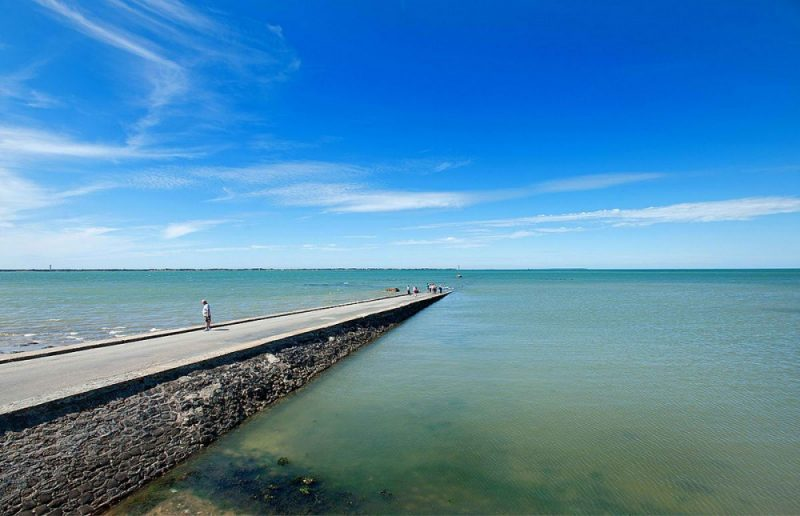 tide-submerge-road-passage-du-gois-france-8