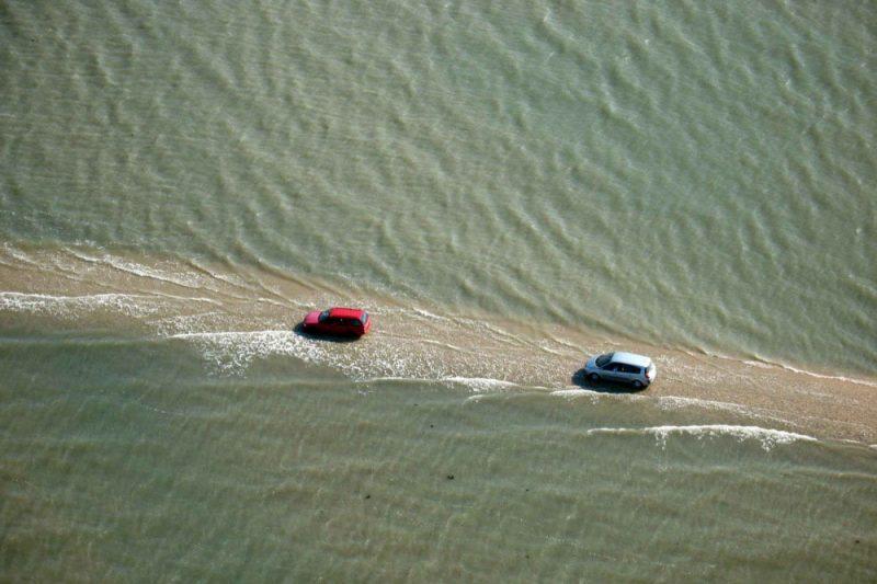 tide-submerge-road-passage-du-gois-france-9