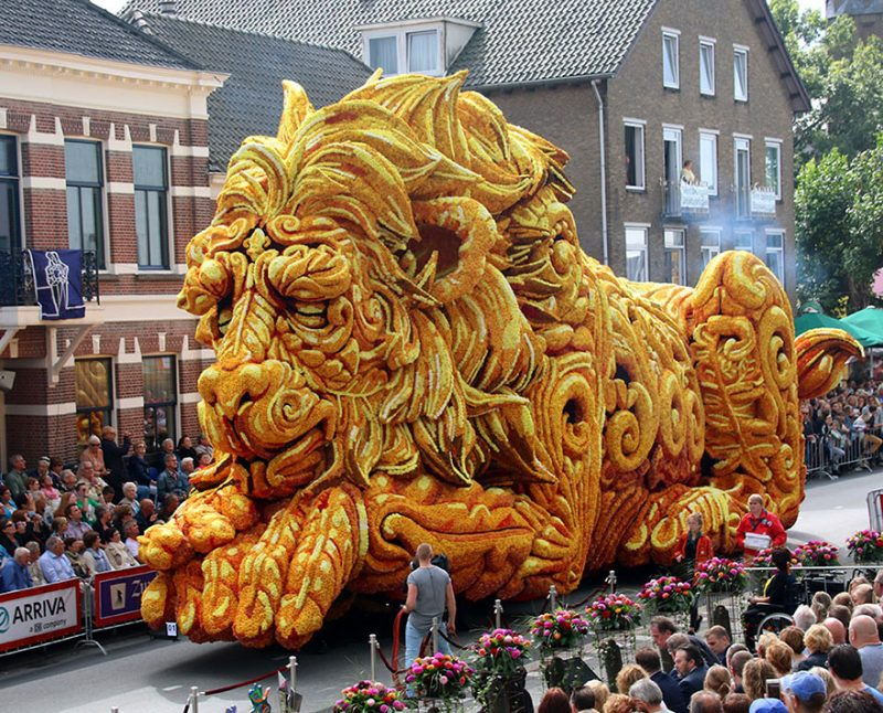 worlds-largest-flower-sculpture-parade-corso-zundert-netherlands-12
