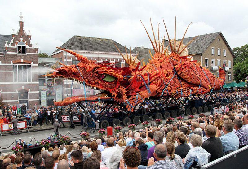 worlds-largest-flower-sculpture-parade-corso-zundert-netherlands-14