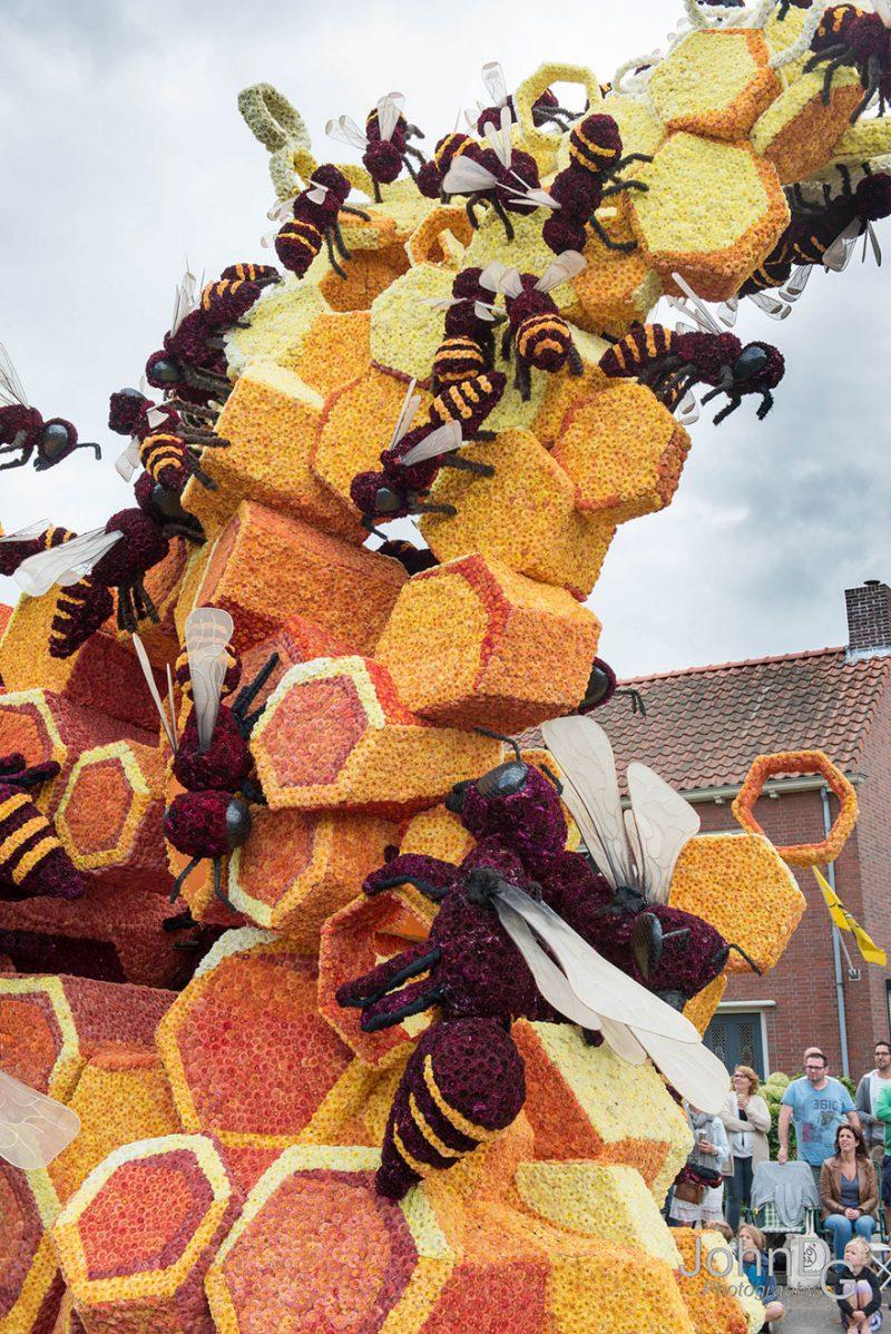 worlds-largest-flower-sculpture-parade-corso-zundert-netherlands-6