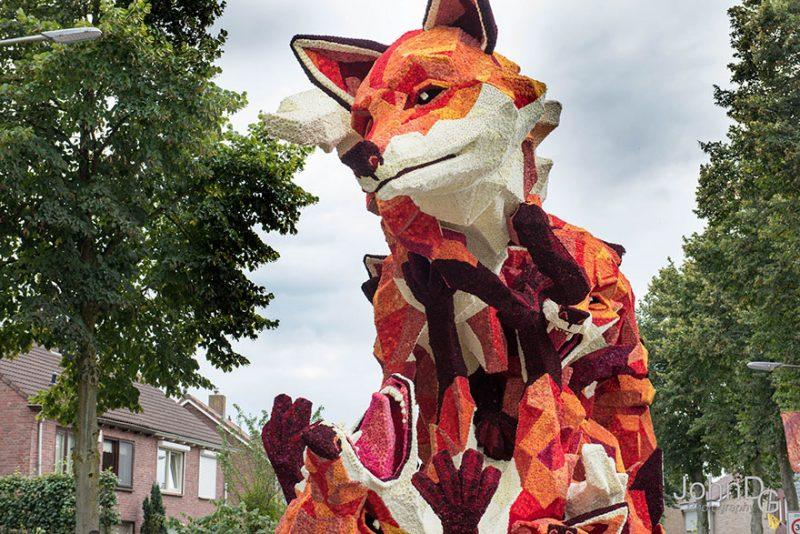 worlds-largest-flower-sculpture-parade-corso-zundert-netherlands-7
