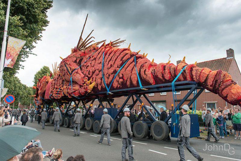 worlds-largest-flower-sculpture-parade-corso-zundert-netherlands-8