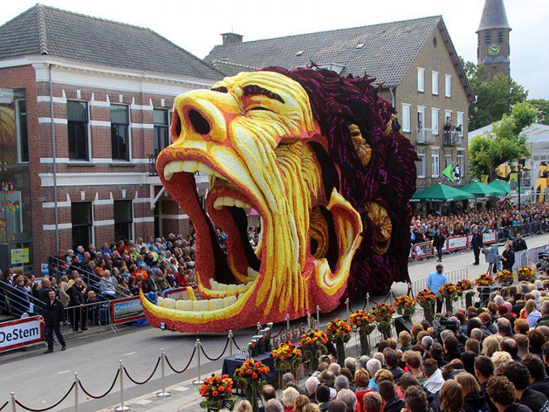 worlds-largest-van-gogh-flower-parade-floats-corso-zundert-netherlands-3