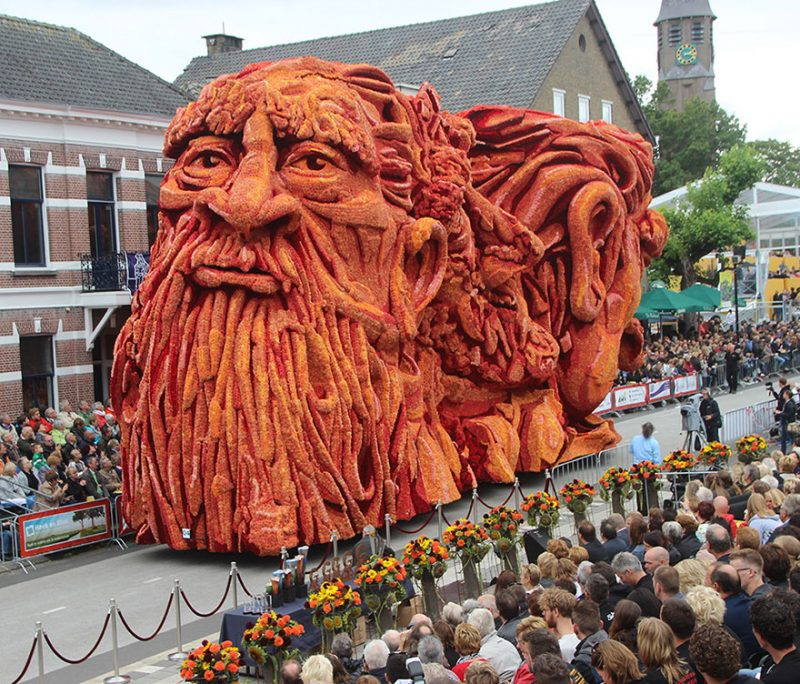 worlds-largest-van-gogh-flower-parade-floats-corso-zundert-netherlands-5