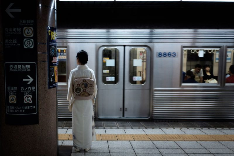 beautiful-impressive-pictures-japan-street-photography-1