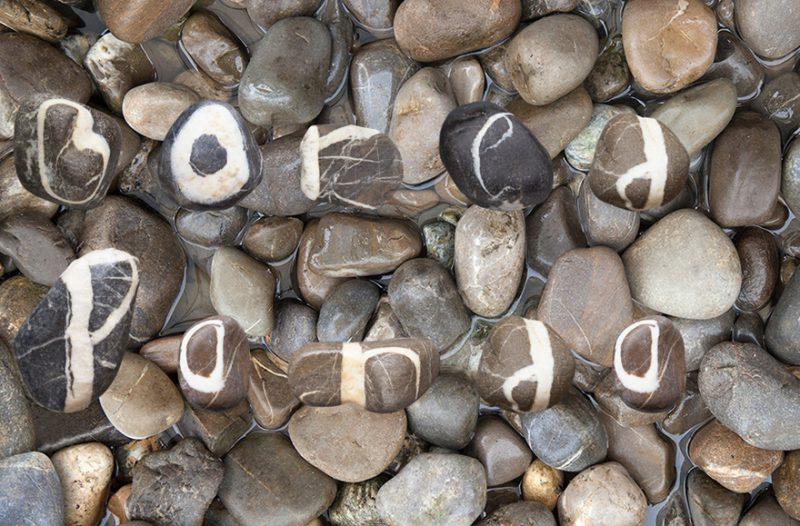 funny-complete-stone-alphabet-swiss-alps-1
