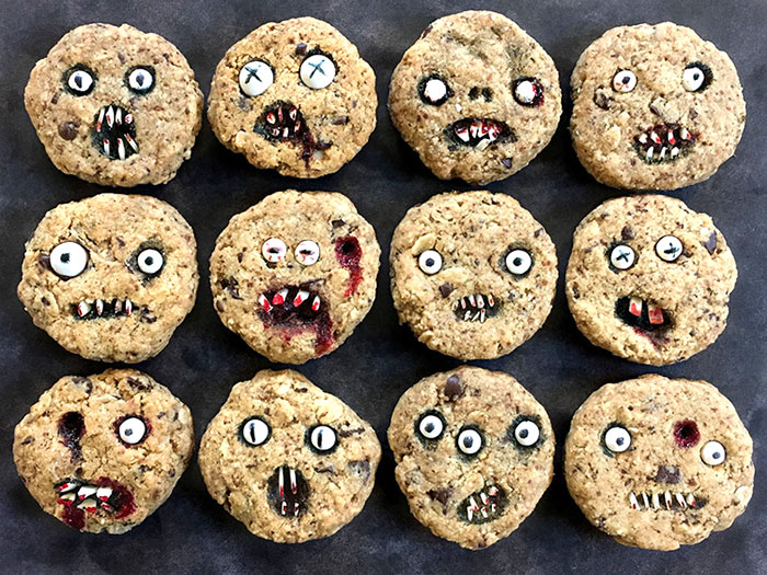 horrible-scary-cookies-cool-halloween-food-3