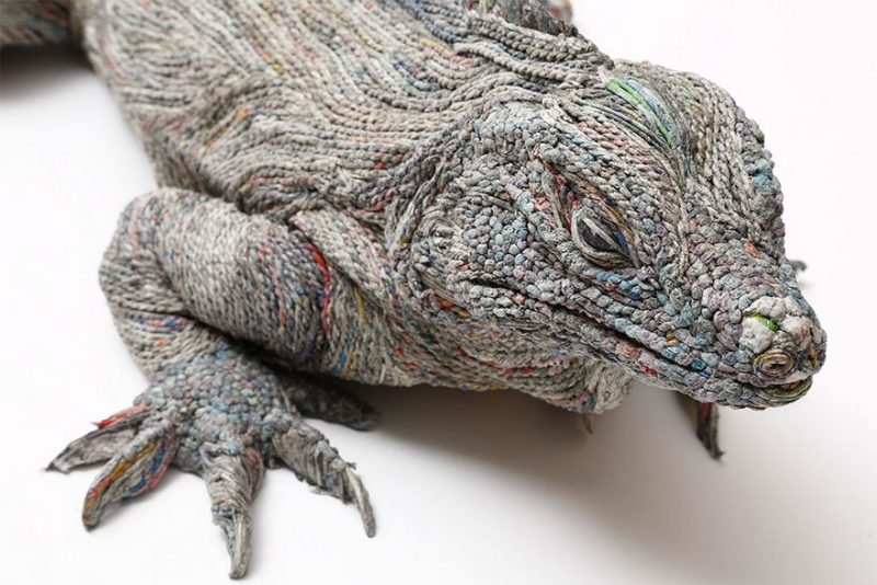 paper-art-newspaper-animal-sculptures-2