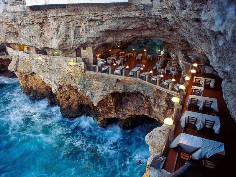 romantic-italian-cave-restaurant-grotta-palazzese-polignano-mare-9