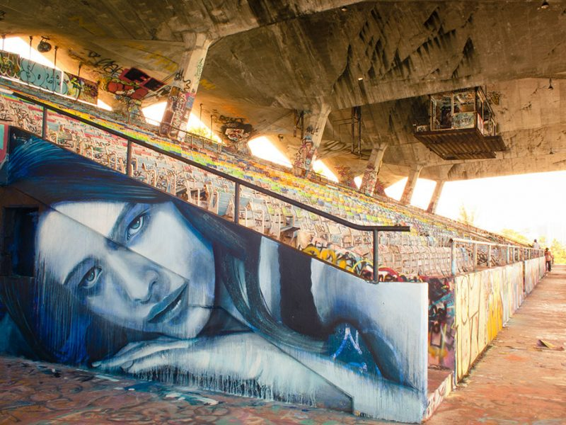 street-art-intimate-girls-portraits-abandoned-houses-wall-6