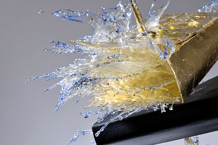 surreal-resin-sculptures-exploding-books-frozen-liquid-10